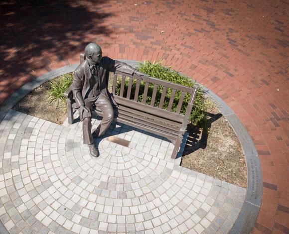 Jesse Statue
